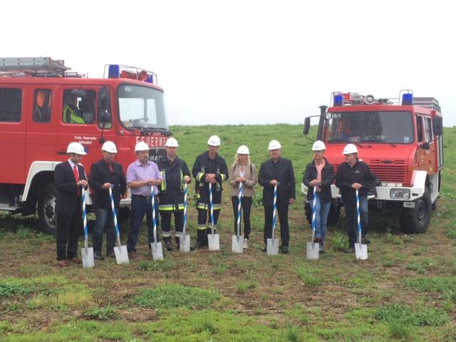 Spatenstich zum neuen Feuerwehrhaus Geltendorf